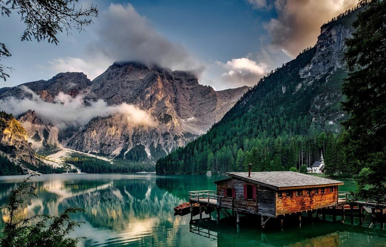 maison à la montagne
